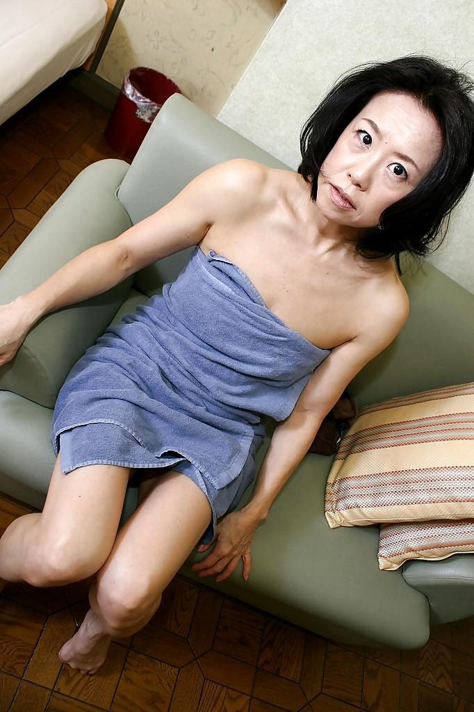 Japanese mature sex video