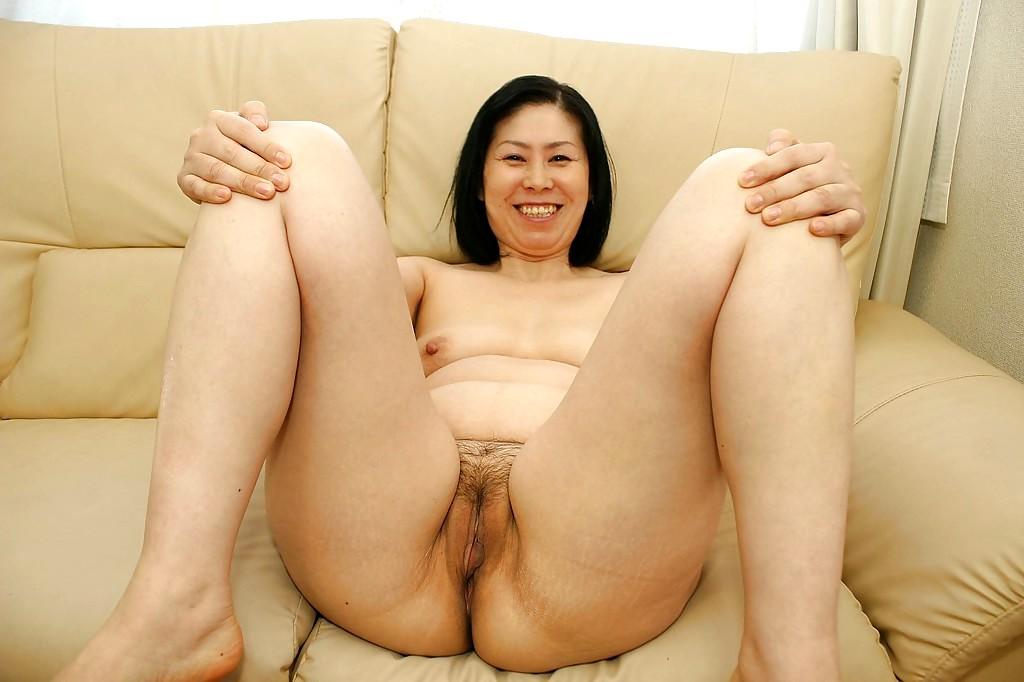Asians milf nude #4