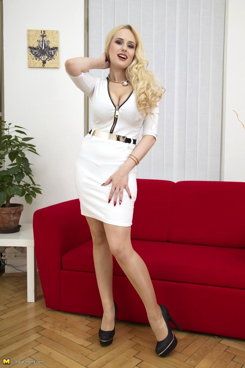 Mature Nl Maturenl Model True Blonde Materials Sex HD Pics