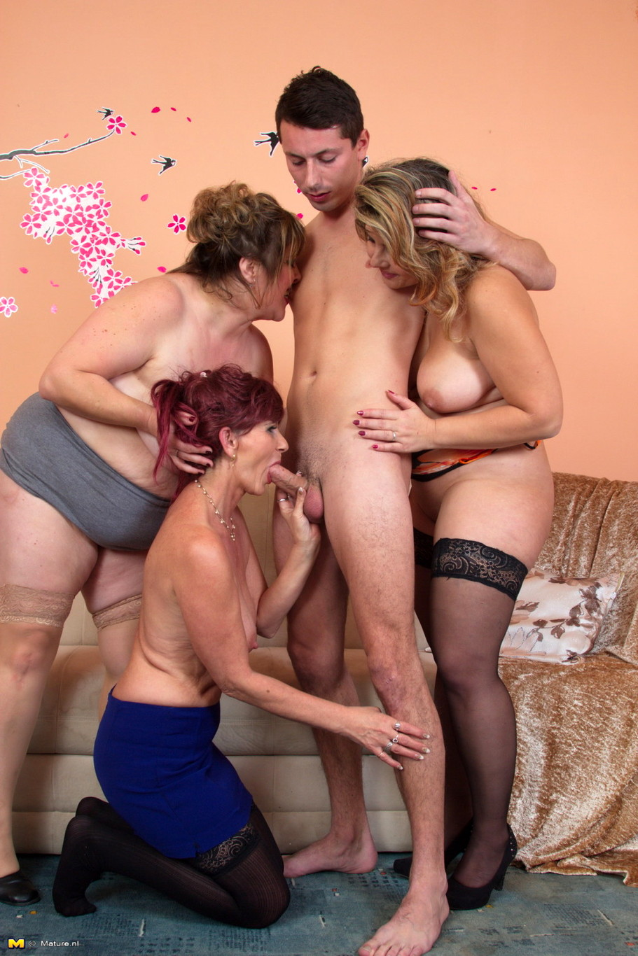 Mature group pics-9280