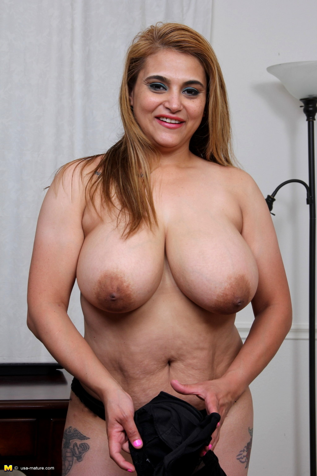 Phrase Mature big curvy nude pics