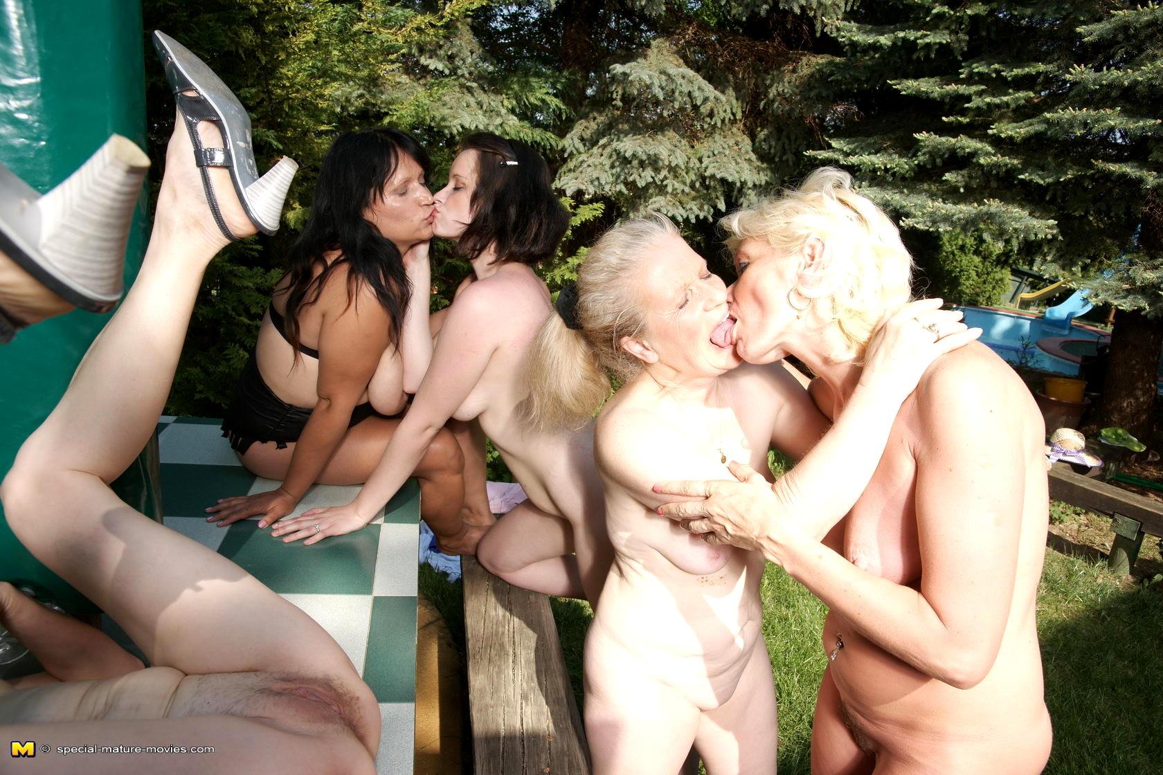 Lesbian Galleries
