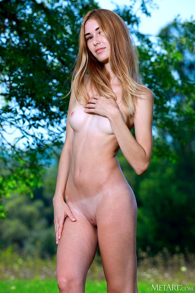 Andrea  nackt Lorena 23 Hottest