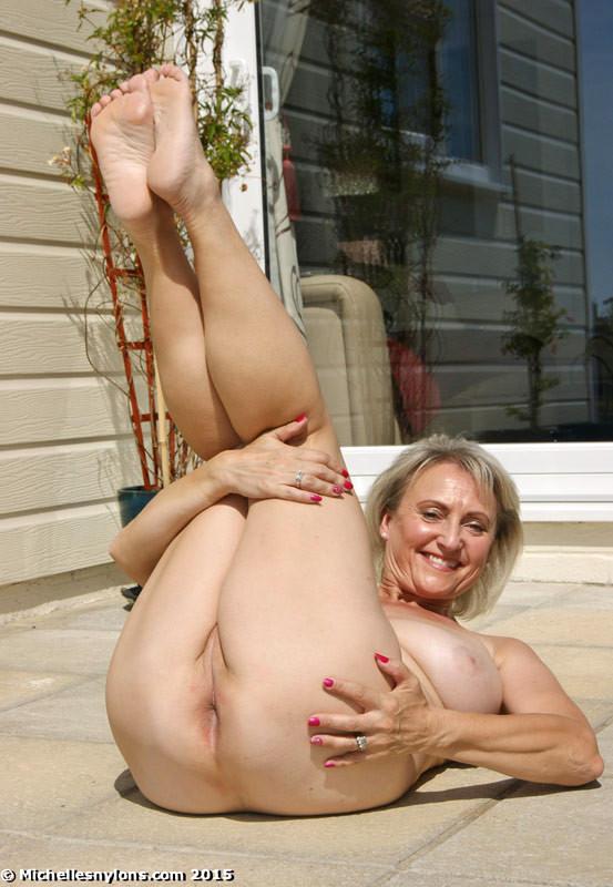 Michelles Nylons Michelle Juicy British Sexshow Sex Hd Pics-6886