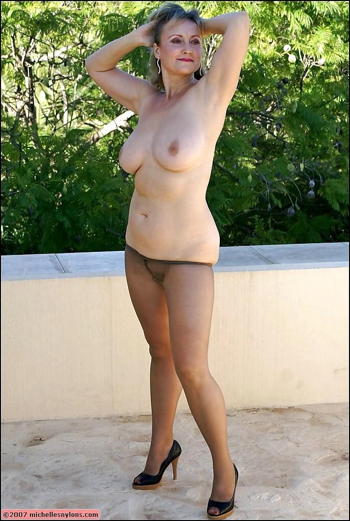 naked myanmar actress fucks