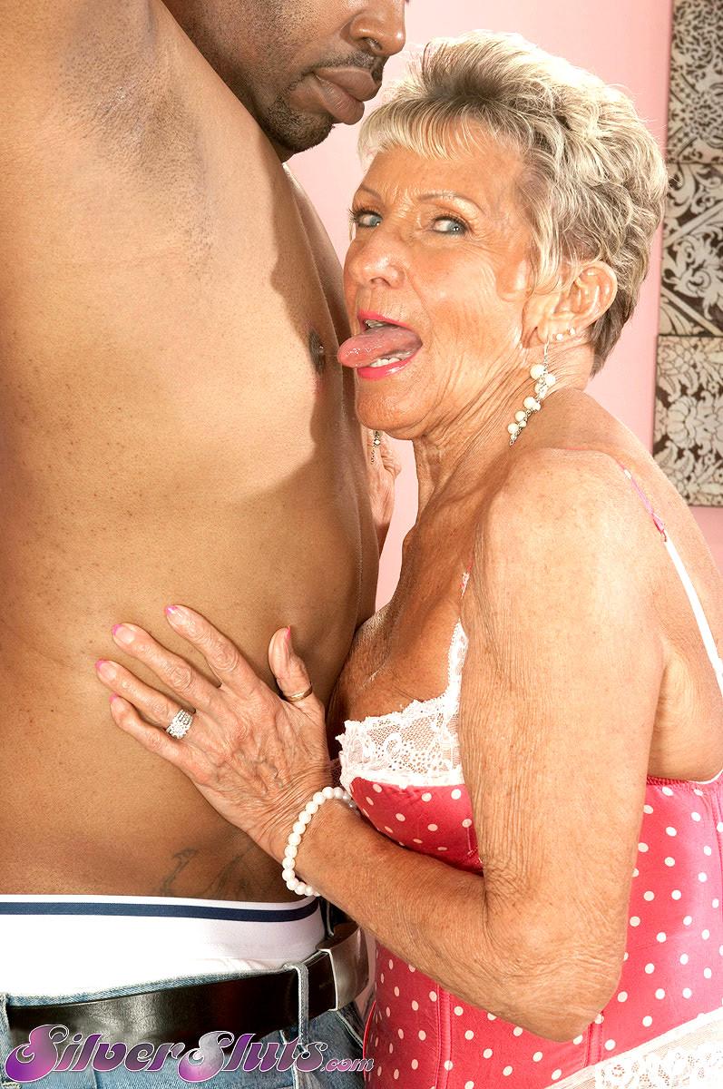 Granny anni may
