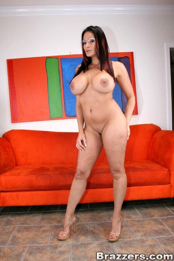 Sexy latina moms — img 10
