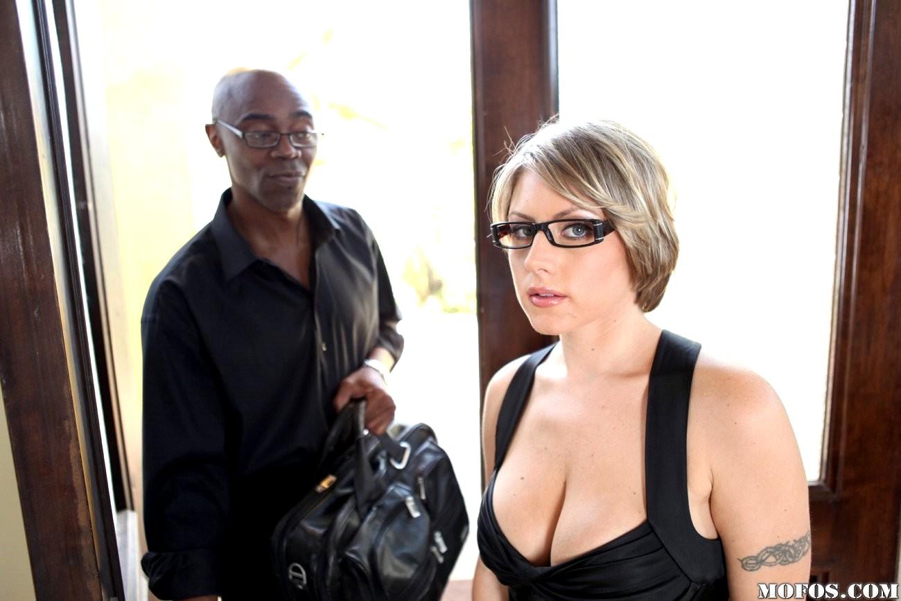 Milfs Like It Black Velicity Von Lovest Velicity Von Wifi Download Sex HD Pics