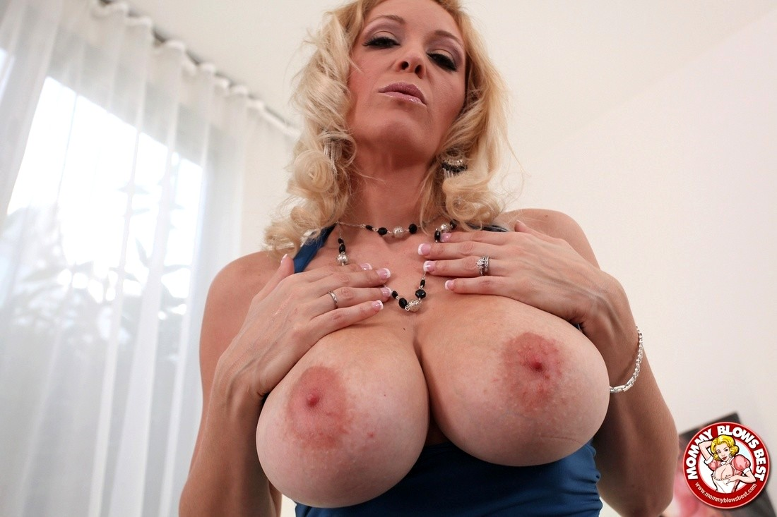 All Jessica chase mommy blows best with