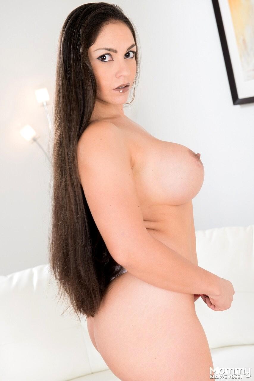 Marta la croft keiran lee Mommy Blows Best Marta La Croft Galsex Milf Selling Pussy Sex Hd Pics