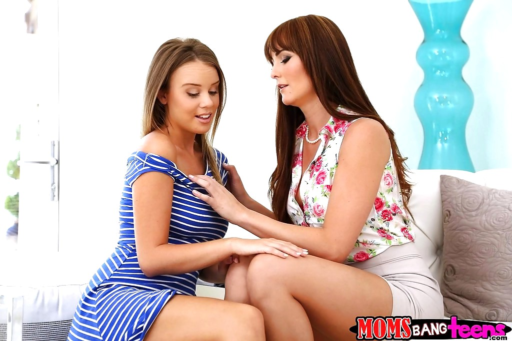 Moms Bang Teens Alexis Adams Bianca Breeze Sexy Skirt