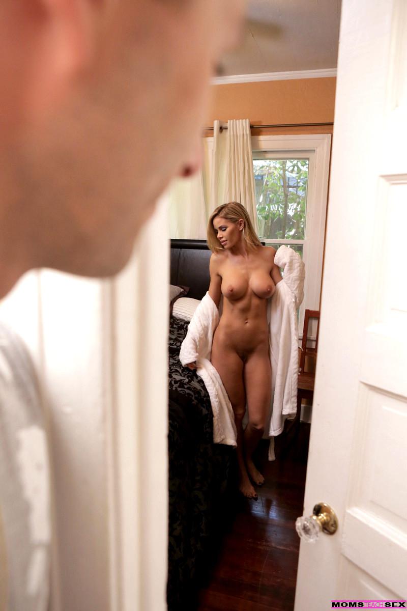 Jessa Rhodes Squirt Orgasm