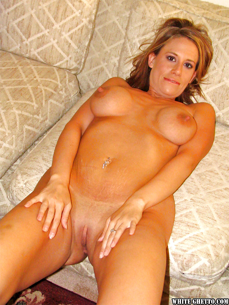 Blonde Milf Kylie G Worthy Squirting