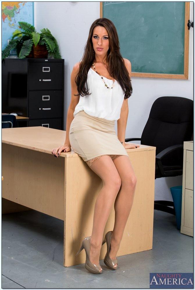 Sex HD MOBILE Pics My First Sex Teacher Kortney Kane