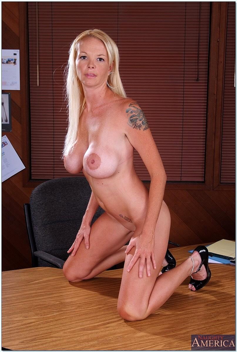 Leah lust teacher