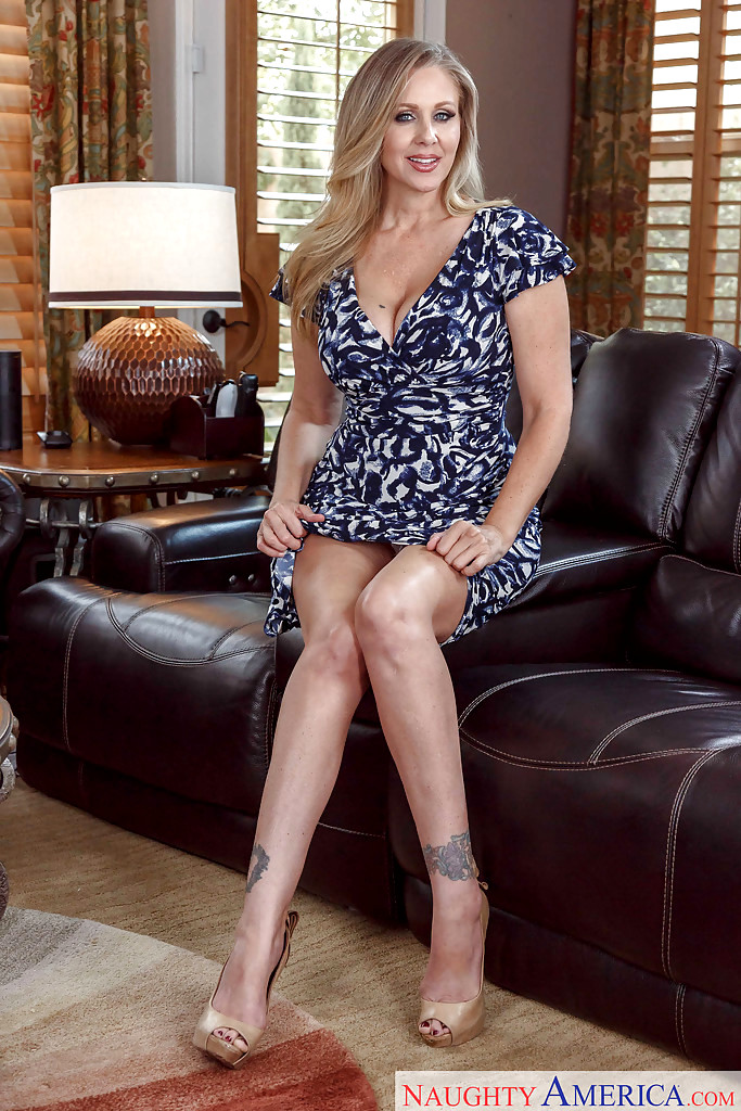 Mature nude wives beach