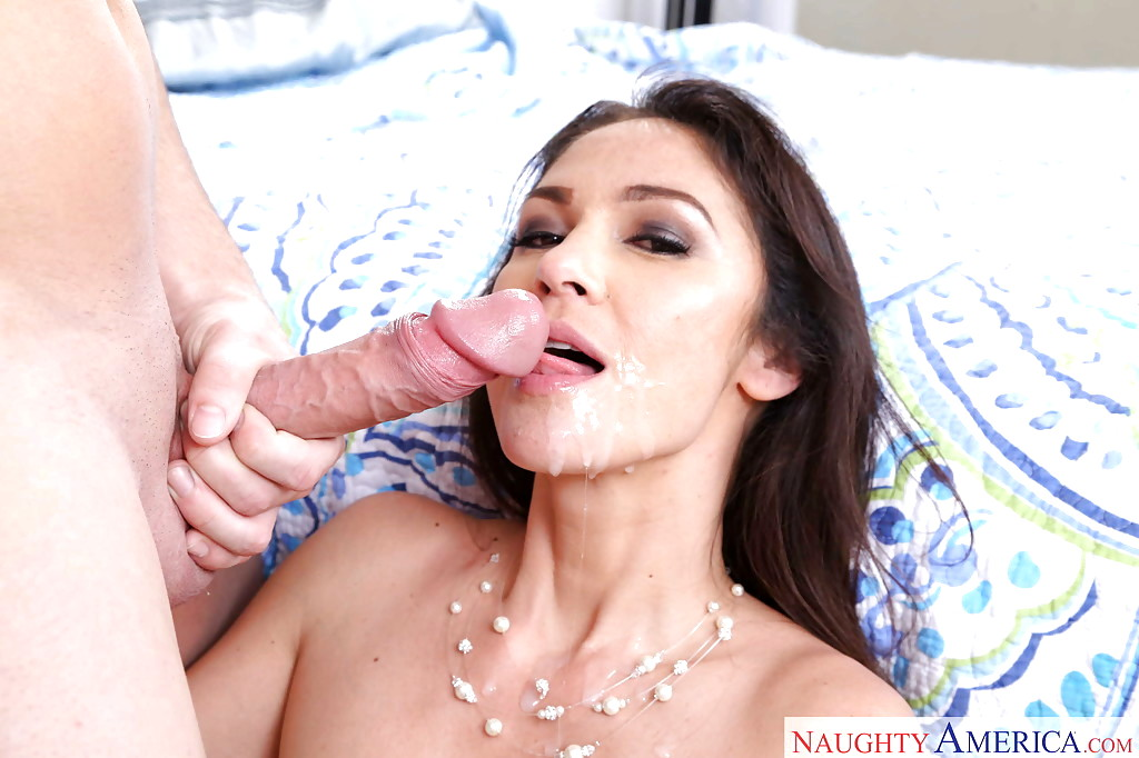 Asian Girlfriend Suprise Unexpected Cum In Mouth