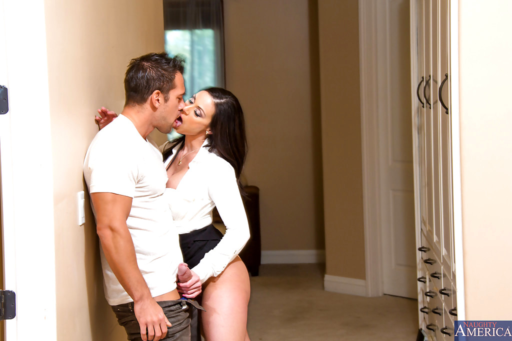 sexhd gallery myfriendshotmom kendra lust popular cum in mouth mobile paradise kendra lust 7
