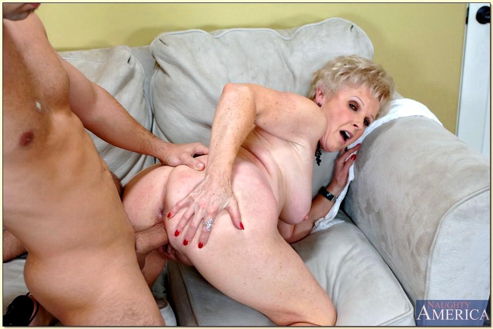 Mrs jewell hot mom