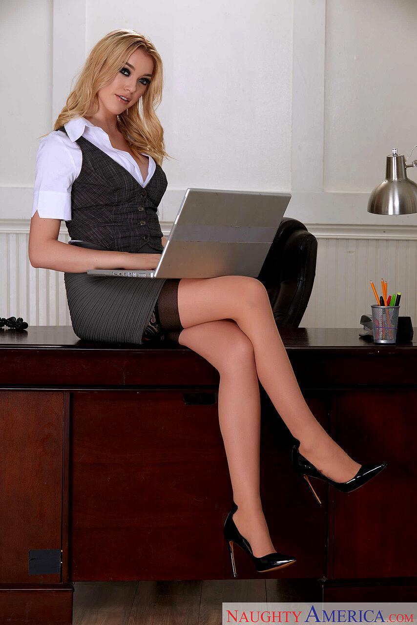 Naughty Office Anny Aurora Damon Dice Queenie Pornstar