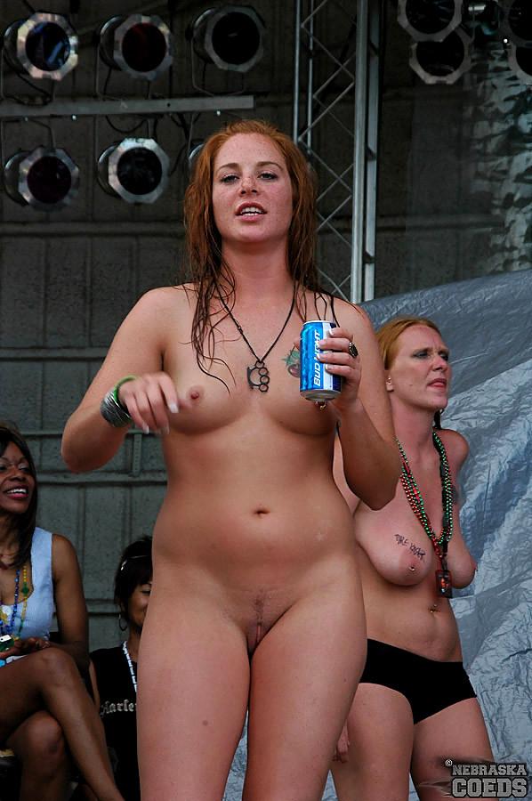 naked hot wild drunk girls