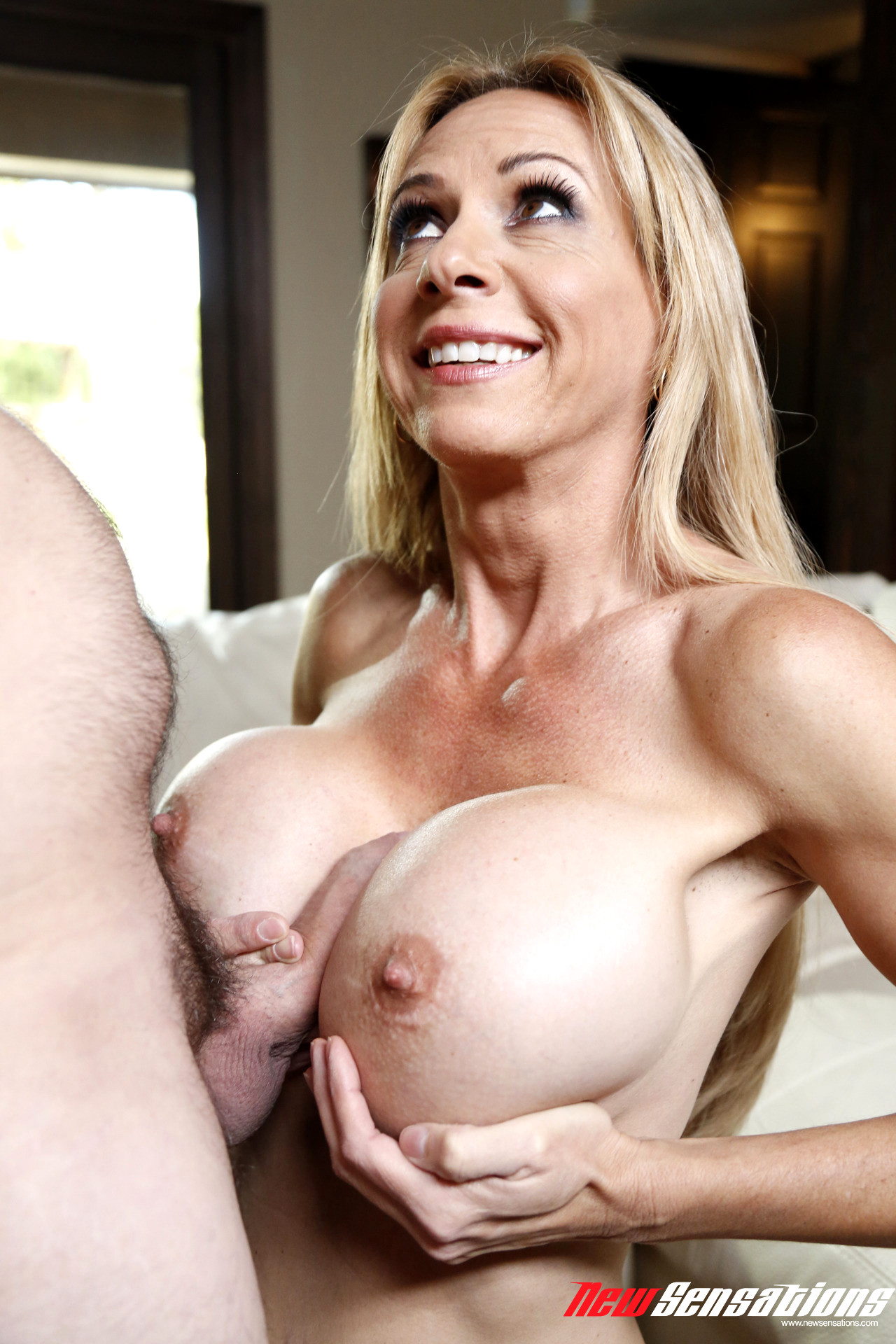 moms new tits