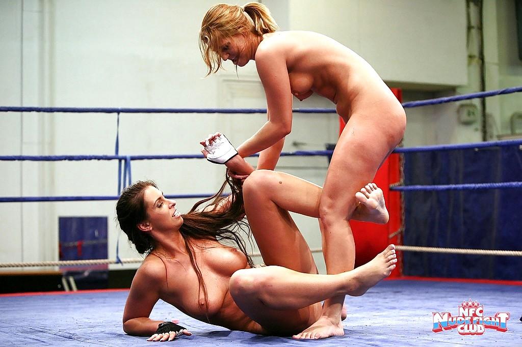 Fight Lesbian Nude