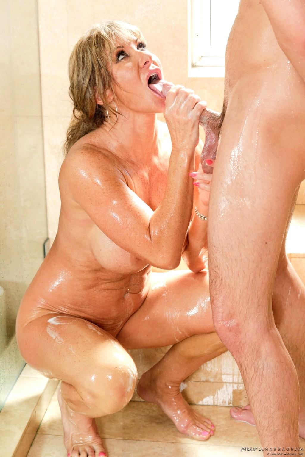 Mature massage porn