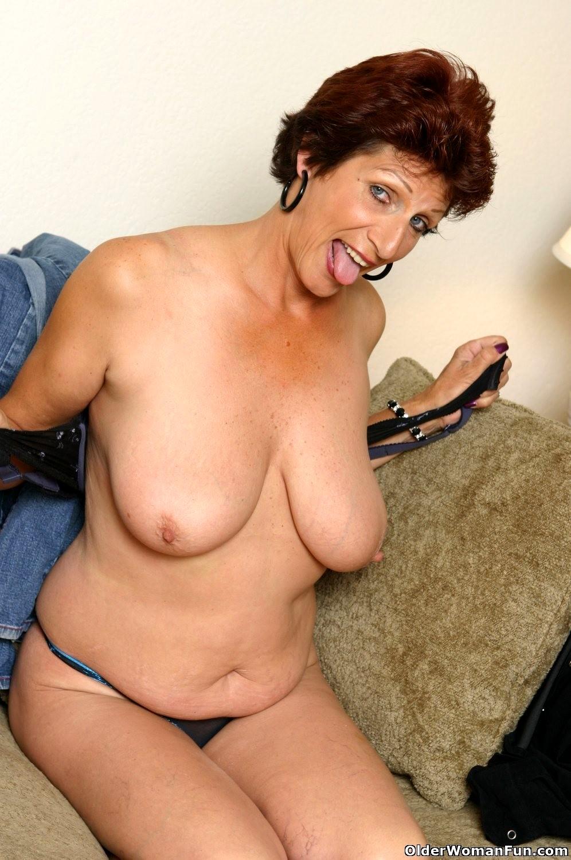 Older woman fun pics