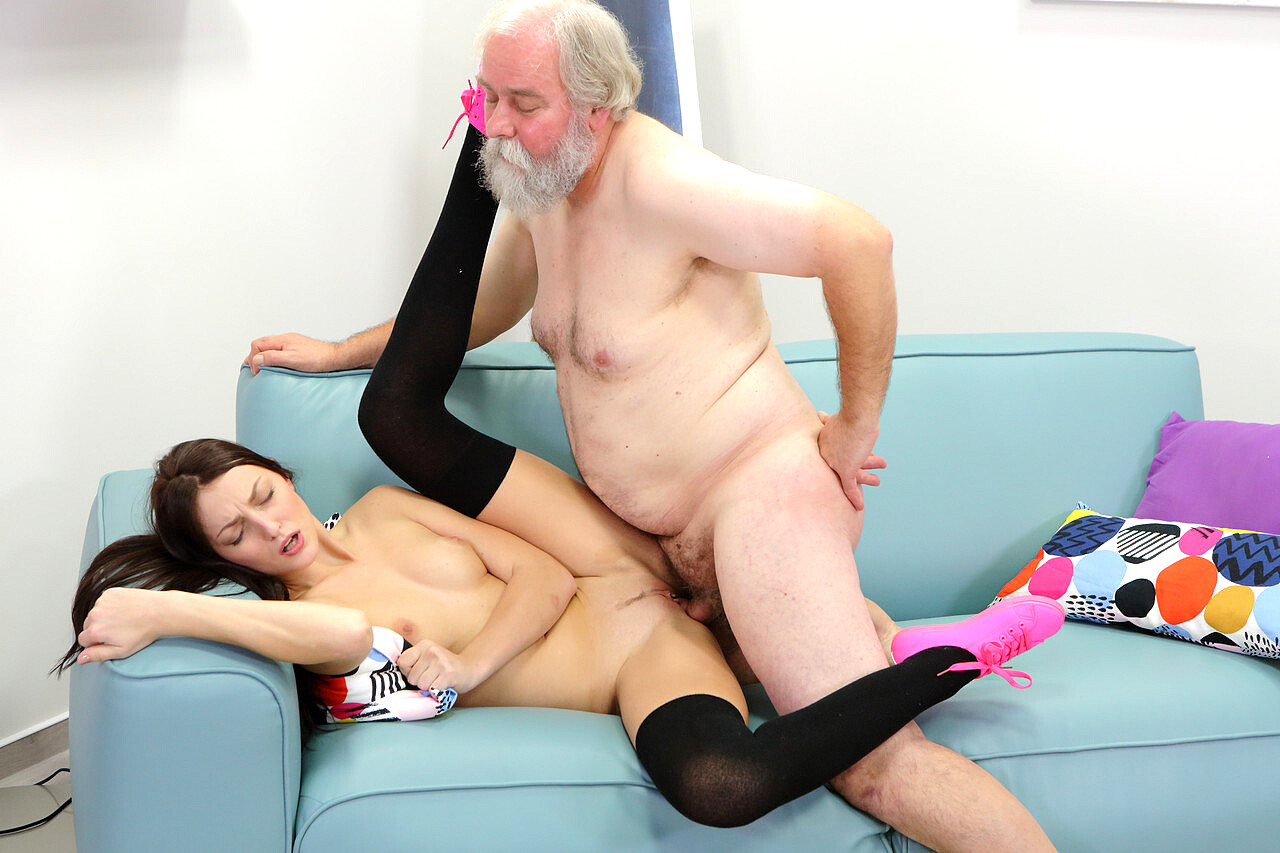 Teen Loves Riding Giant Old Cock Pics