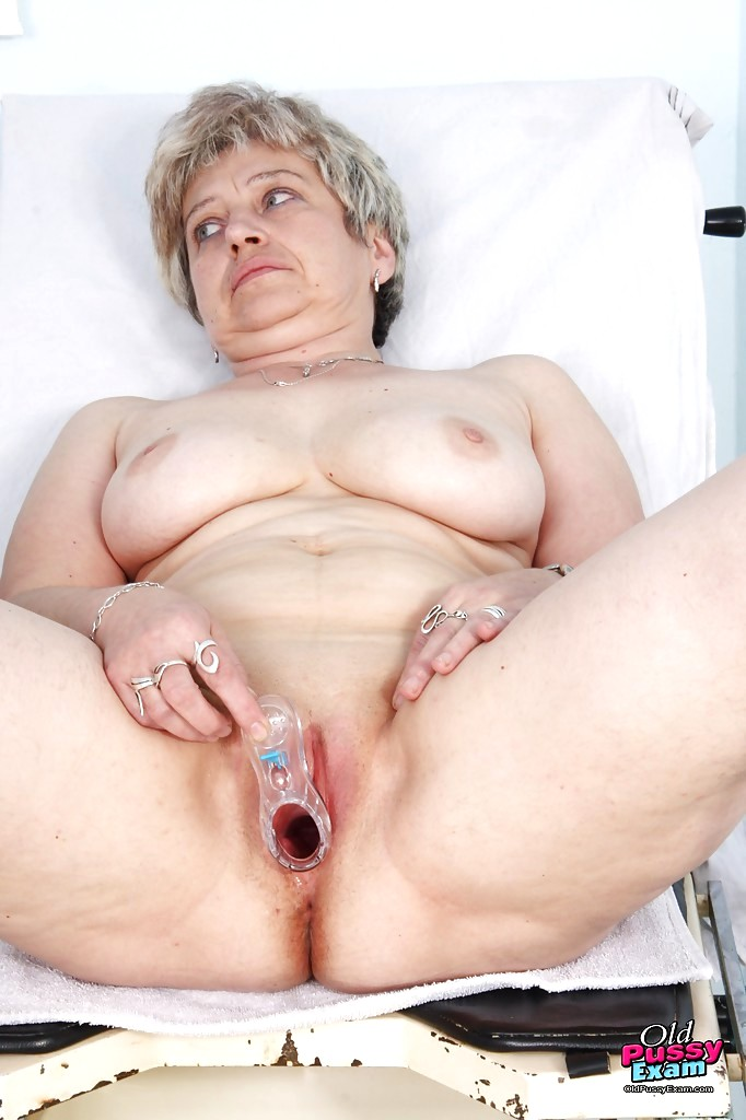 Wifes nude pictures posted by husbands