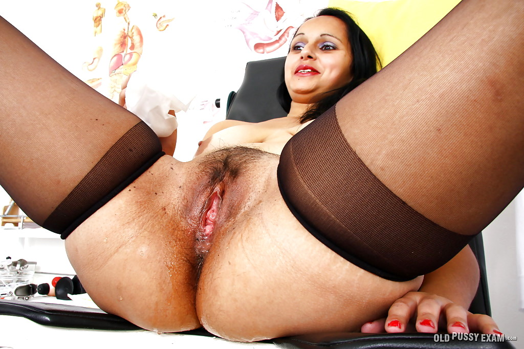 Old Pussy Exam Rosita Black Interactive Hairy Sex Woman -5539