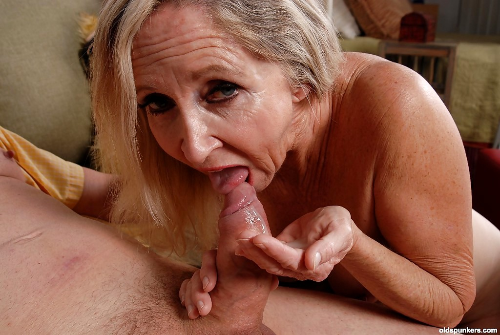 Older Woman Young Man Fuck