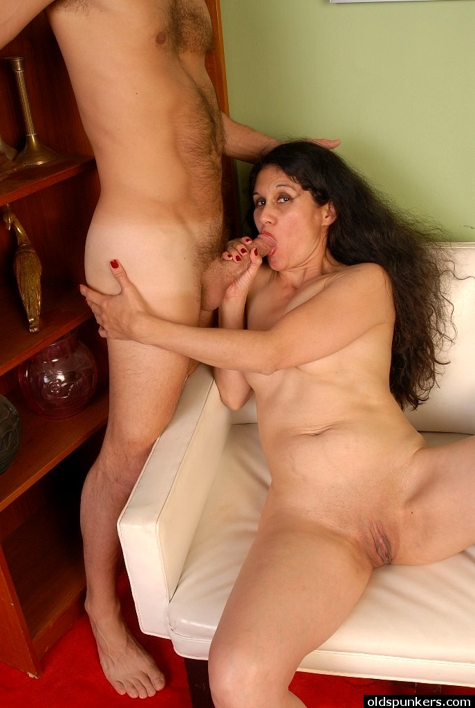 Jessica pare nude hot tub time machine 2010 - 2 4