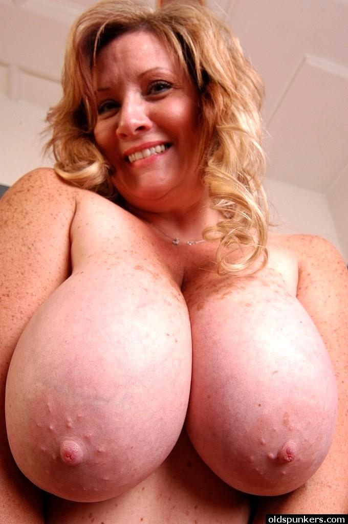 sexhd gallery oldspunkers deedra rae naughty nipples instagram deedra rae 10