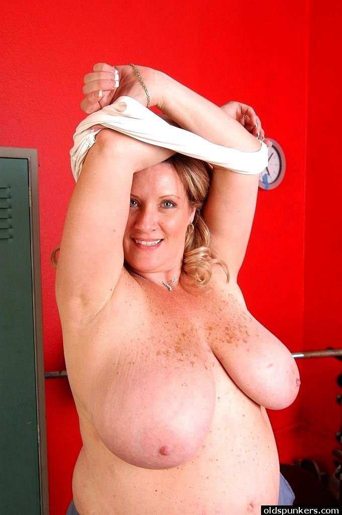 sexhd gallery oldspunkers deedra rae naughty nipples instagram deedra rae 16