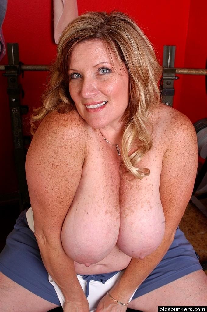 sexhd gallery oldspunkers deedra rae naughty nipples instagram deedra rae 8