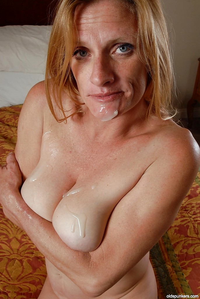 Mature Natural Breast Pics