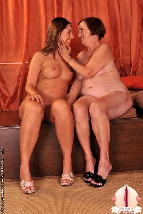 old-young-lesbians-love-girl-nude
