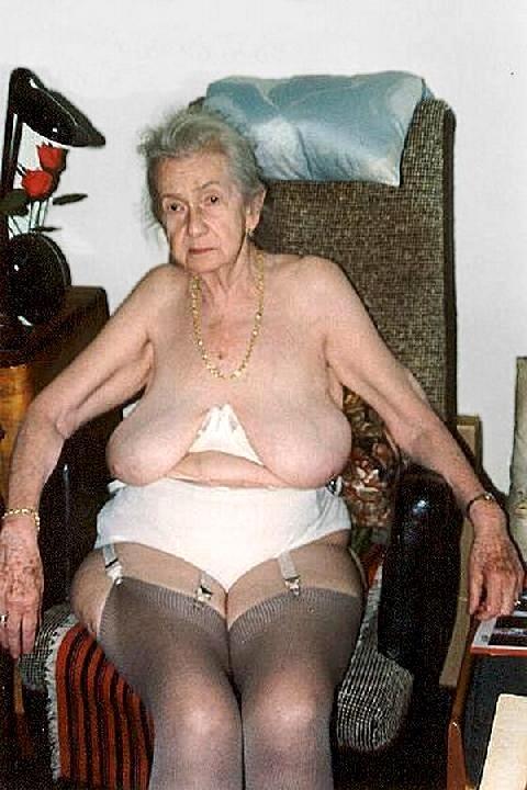 еротичне фото старих баб