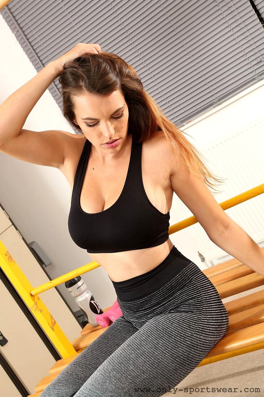 Only Sportswear Dominika K Creative Sports Sixey Antuy Sex