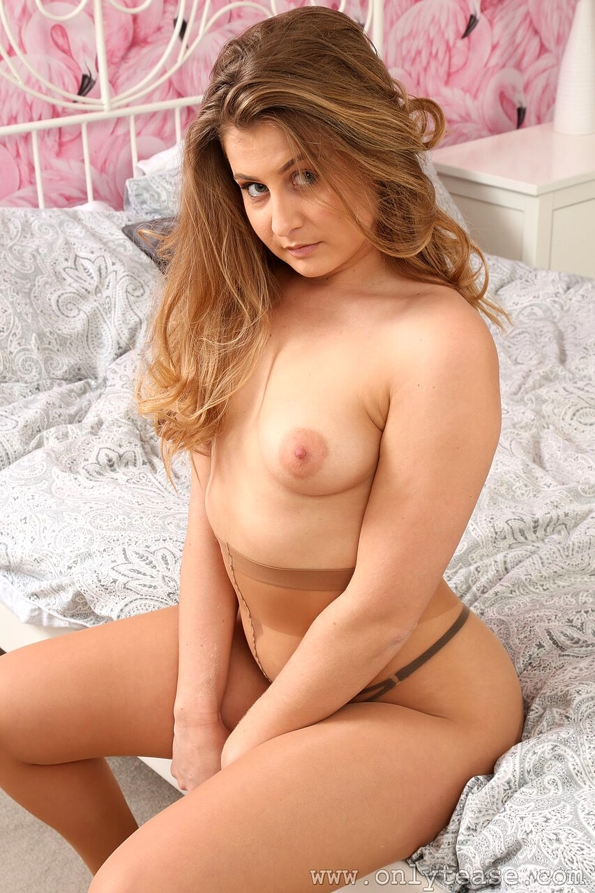 Nackt lucy lust Lucy Pinder