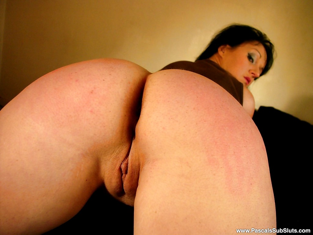 Devon breeze is all alone at home and so horny clip f