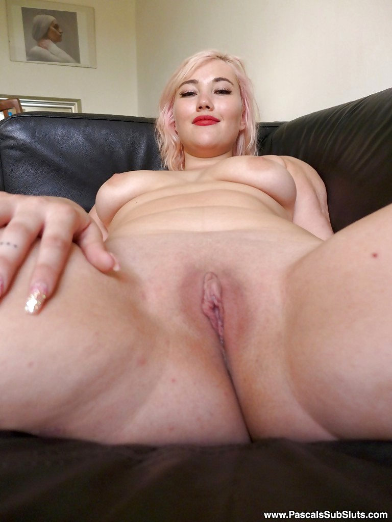 Amateur blonde orgasm first time fucking 8
