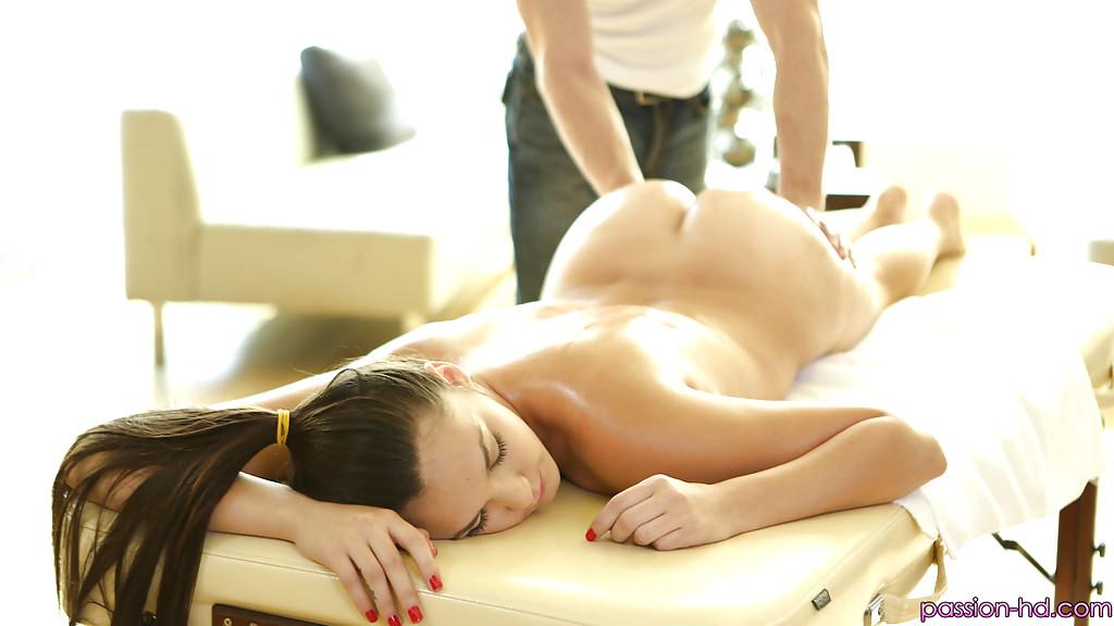 Bodybuilder female bondage slave