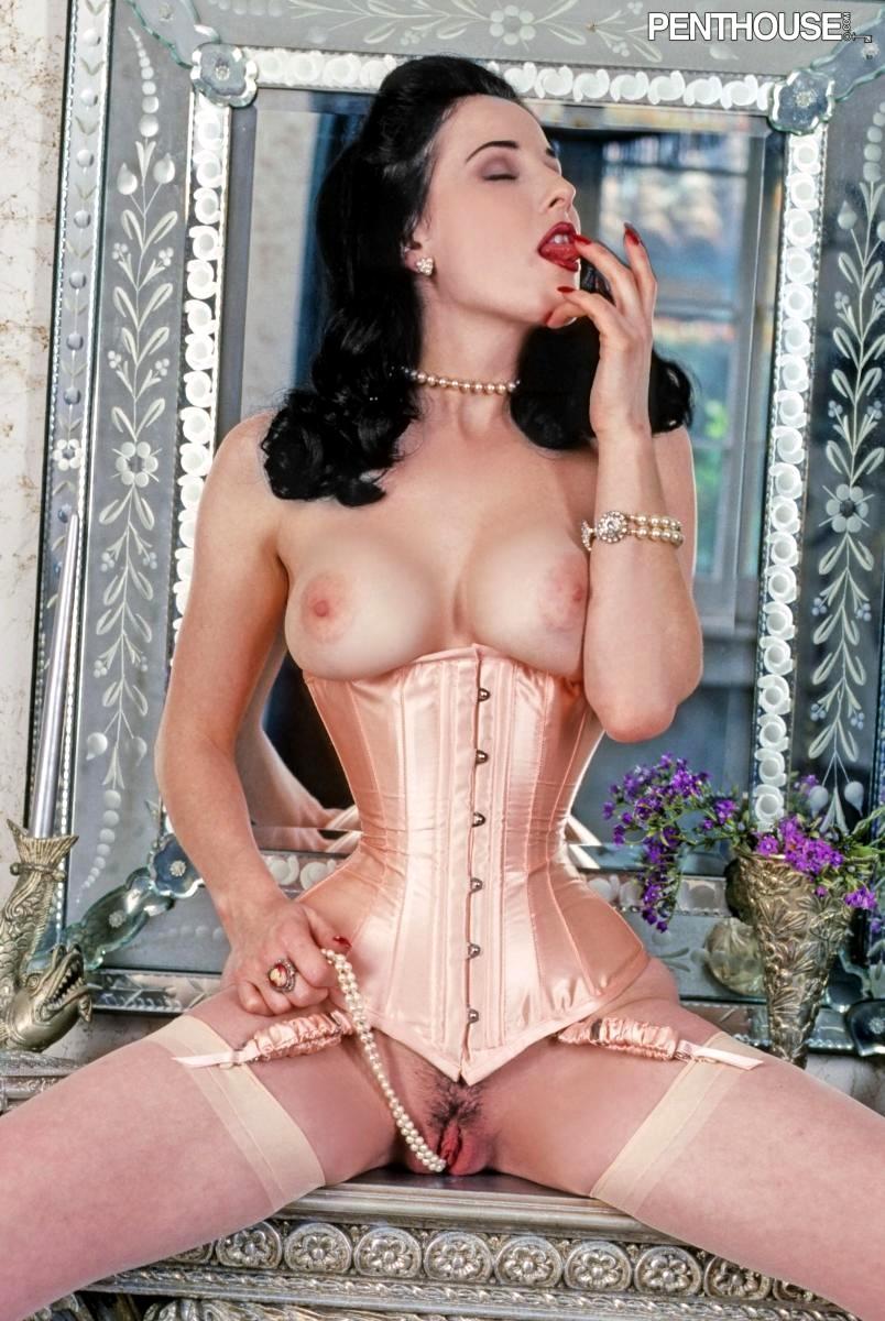 Von teese naked dita Dita Von