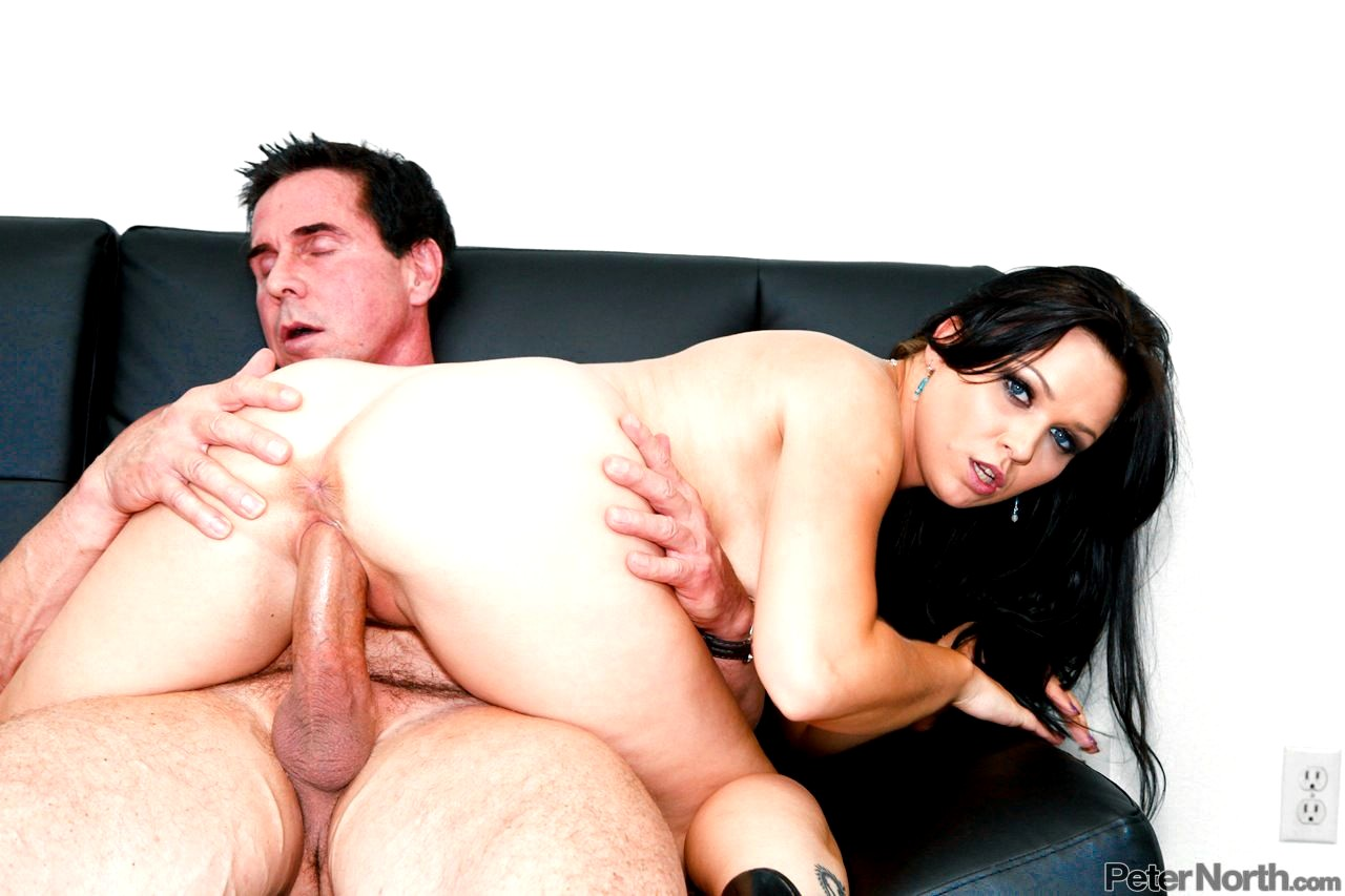 Download free sarah young fucked to orgasm by peter north