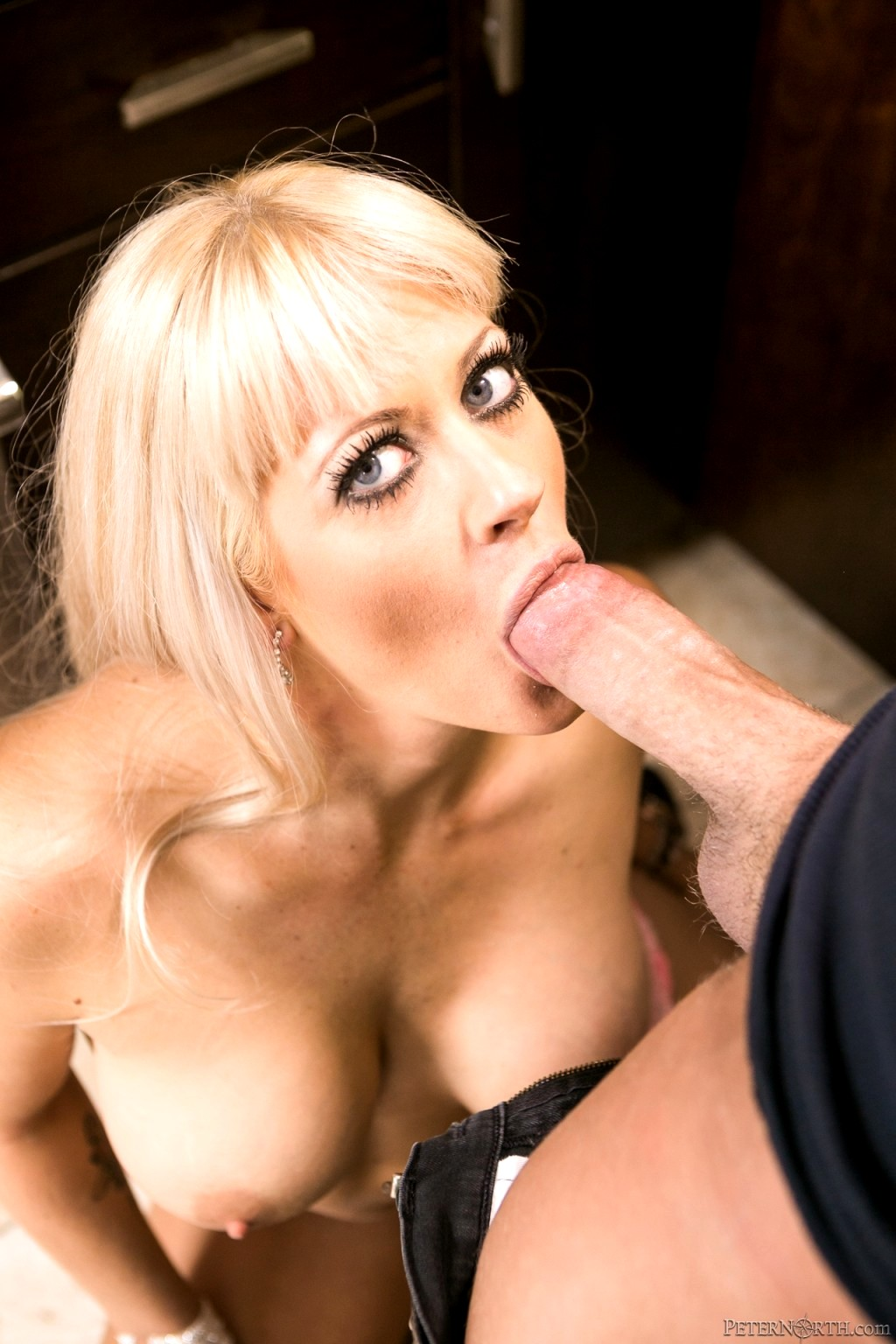 You cum on karla kush039s pussy in singapore virtual vacation - 3 part 4