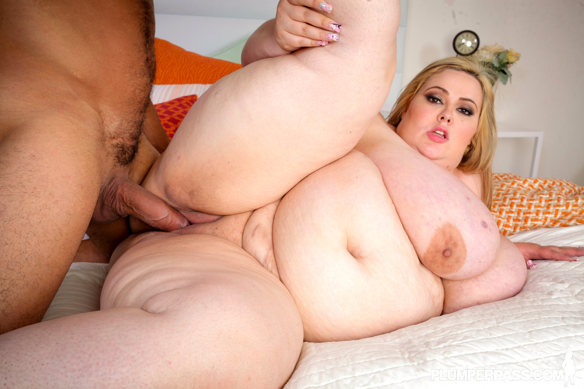Fat women sex video — pic 11
