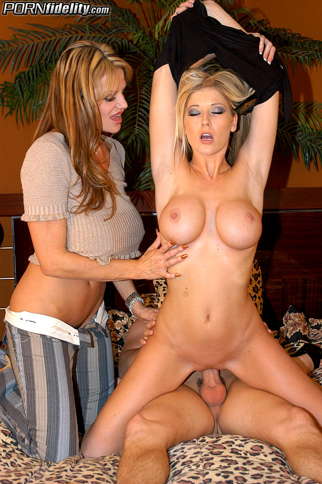 Blonde Milfs Brittany And Kelly Madison Guy Get 1